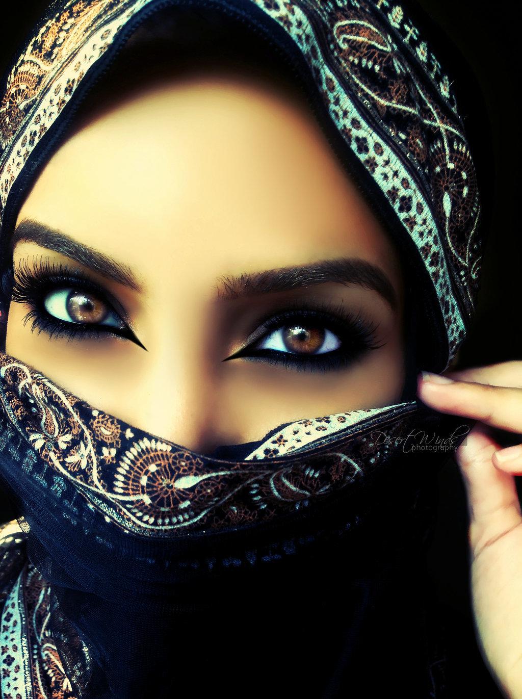 Восточные девушки картинки в платках