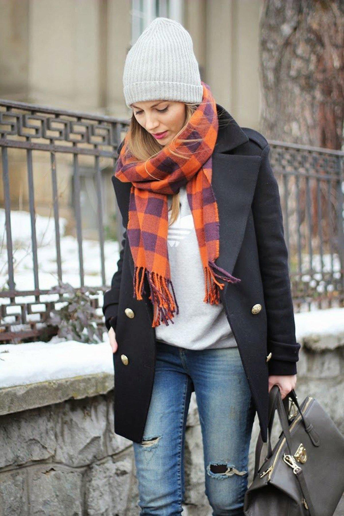 клумбе высаживают шарфы зимние под пальто фото работает