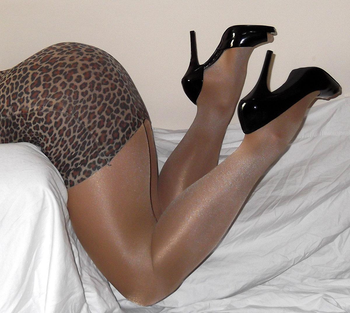 Legs pantyhose free sites 3