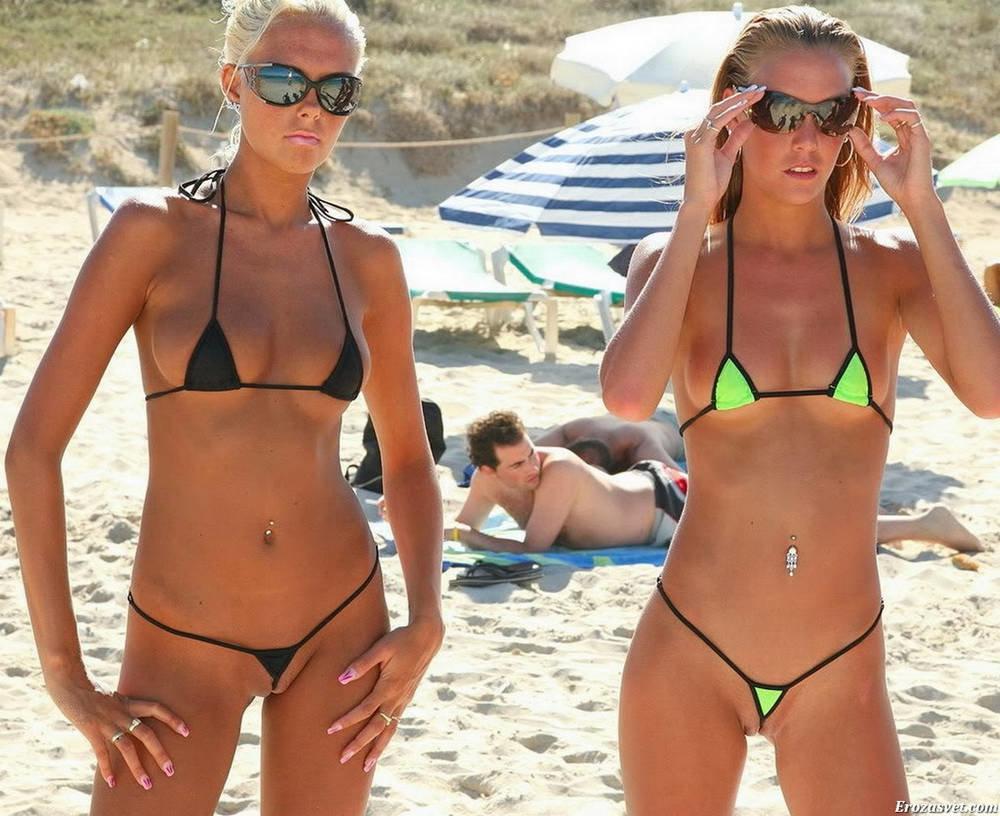 analnaya-negrityanskie-devushki-v-mikro-bikini