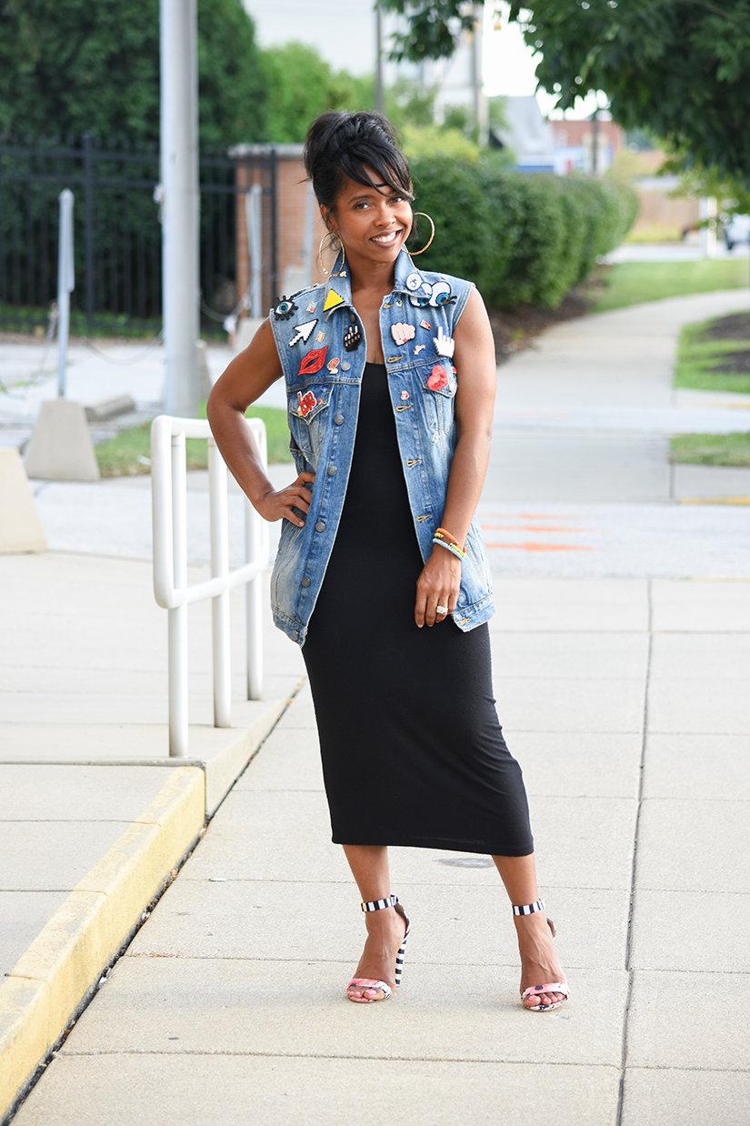 С чем одевать джинсовую жилетку удлиненную фото