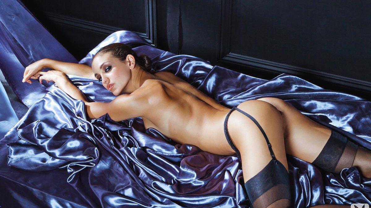 prokazi-foto-fotomodeley-erotika-gidrokostyume