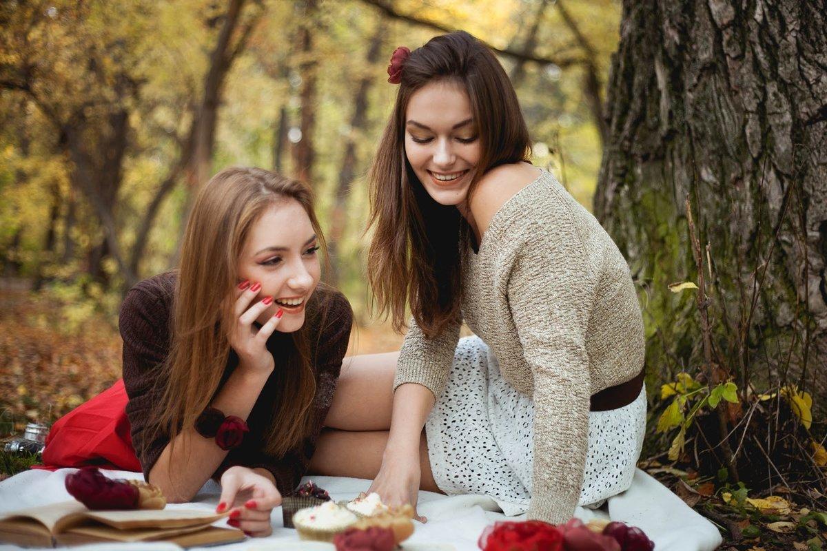 Девочка, картинки с подружками