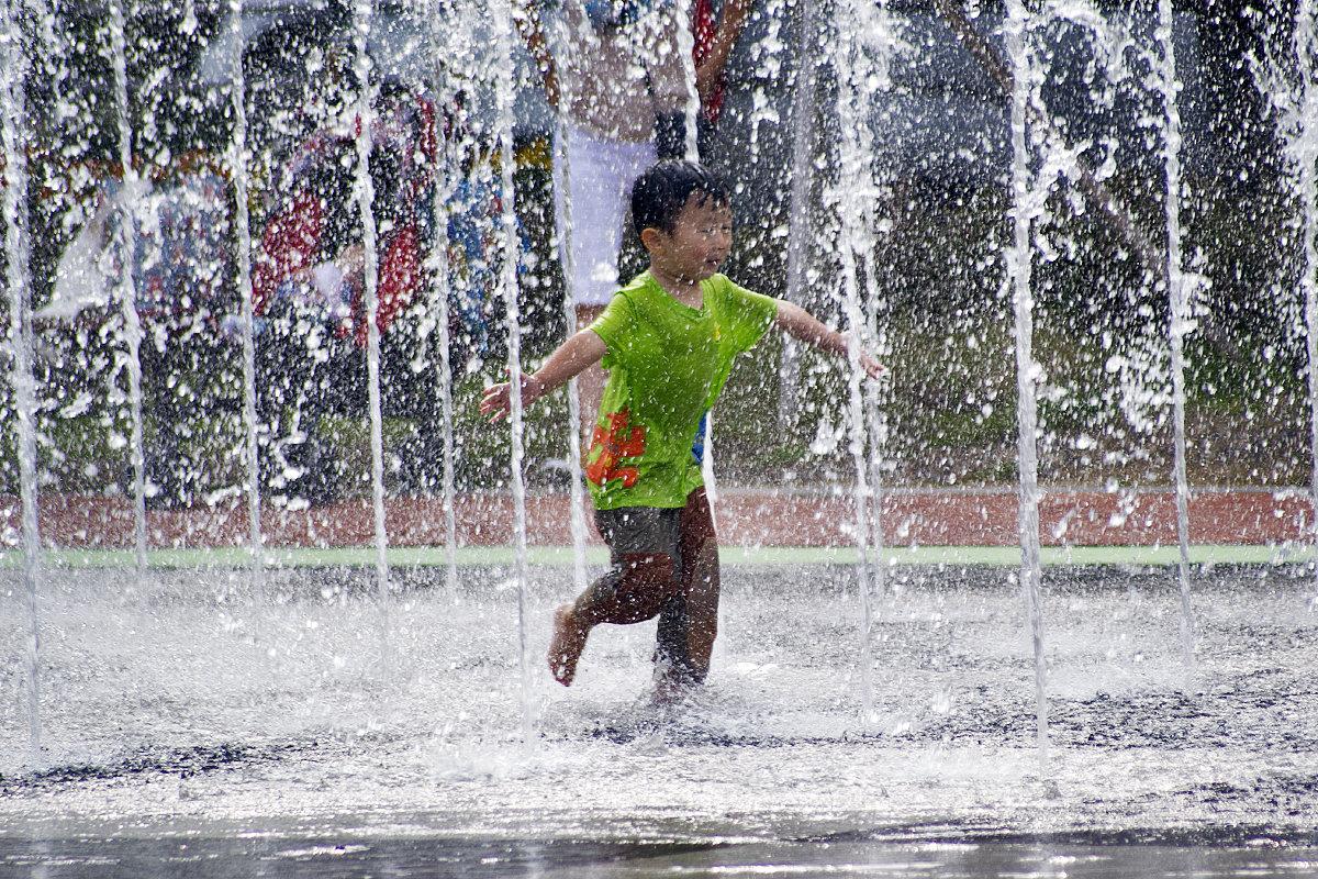 фонтан с детьми картинки самые интересные