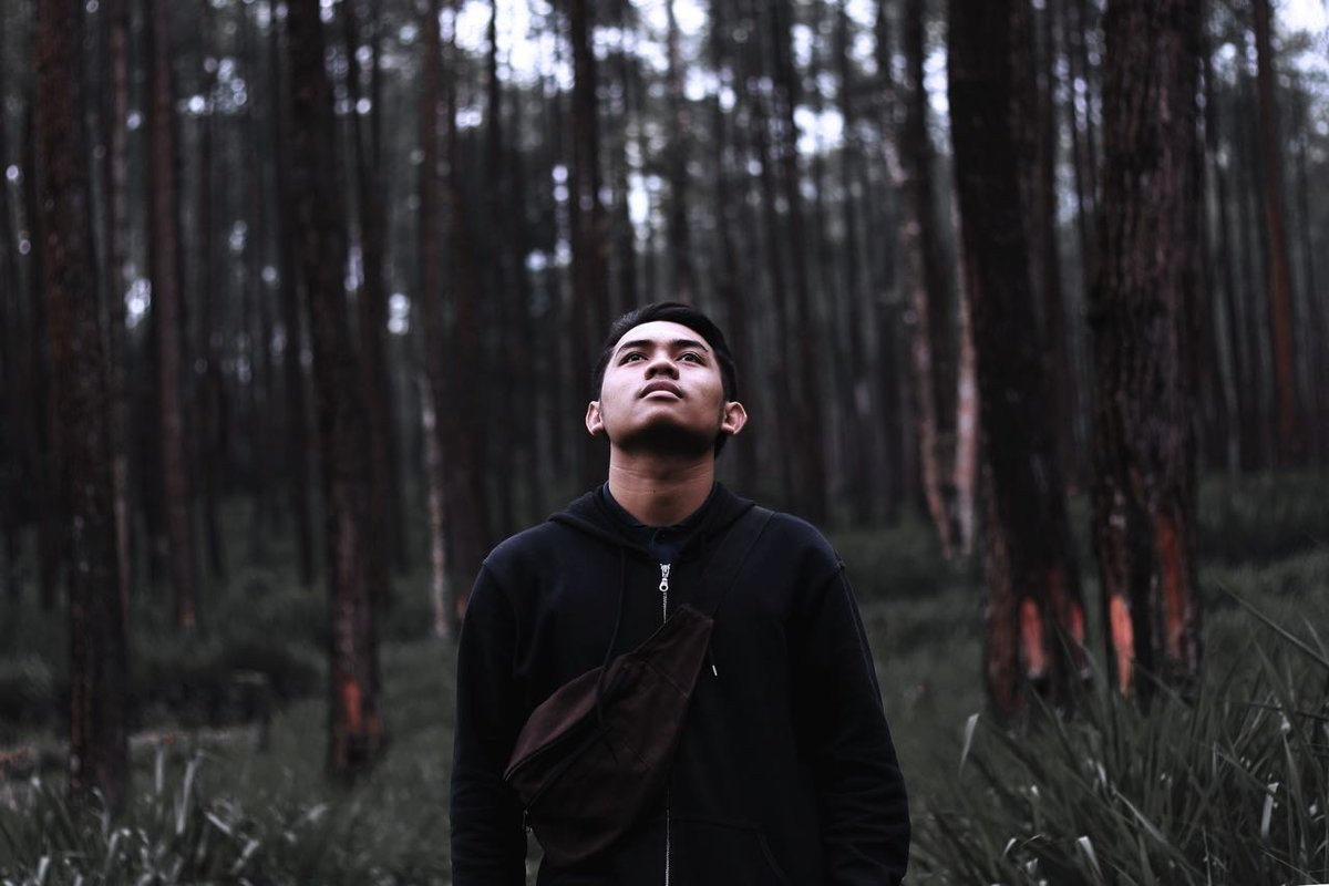 кирк мужская фотосессия в лесу отечественных