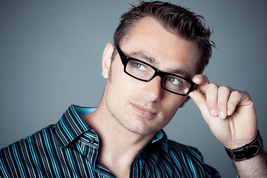 сексуальные мужчины в очках для зрения саши