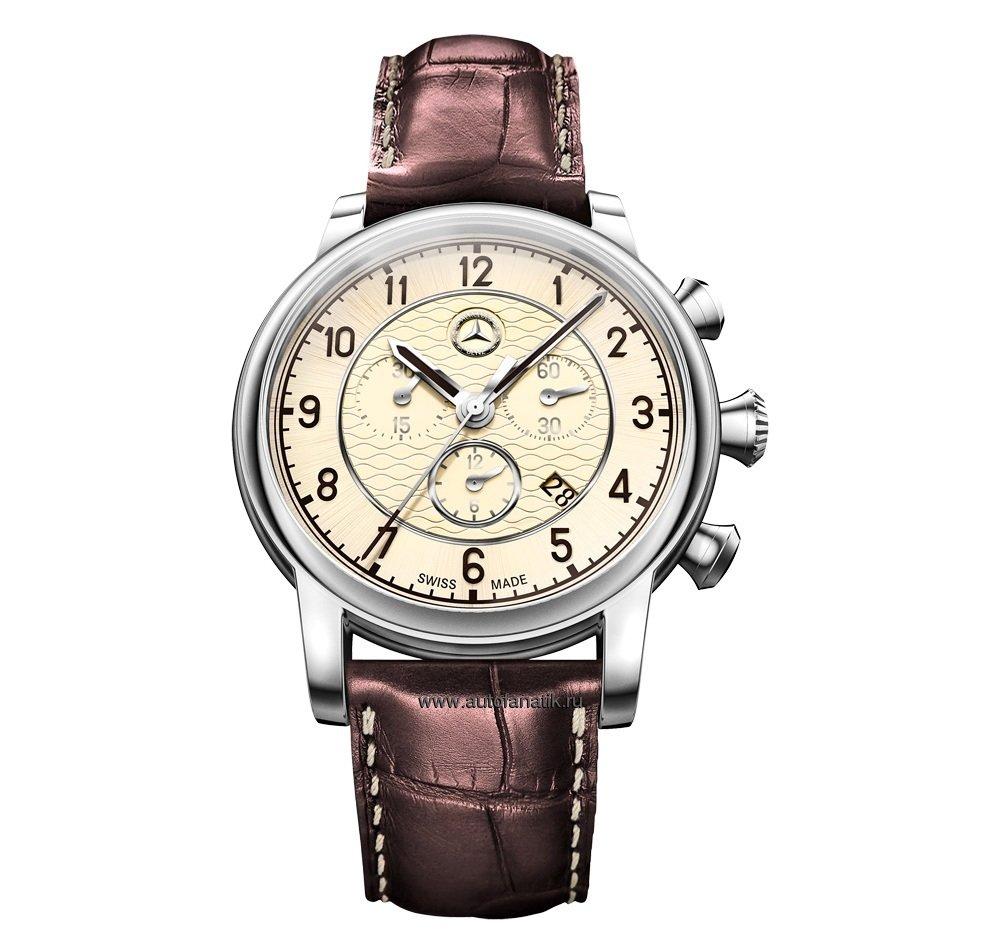 Очень необычным и при этом крайне недорогим подарком станут настенные часы мерседес - отличный вариант для офиса.