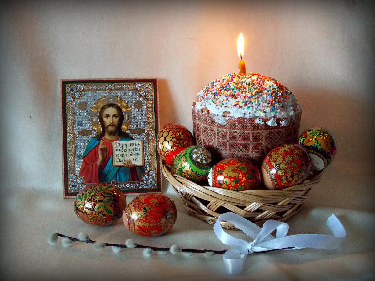 Картинки христос воскресе с пасхой, надписями