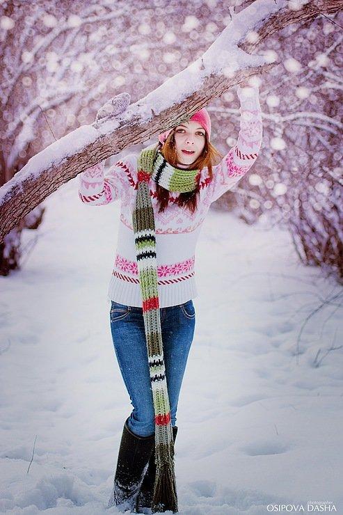 Позы при фотографировании на улице зимой