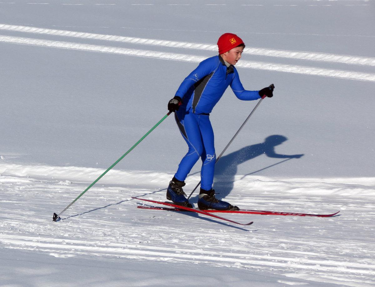 спортивные лыжи картинки