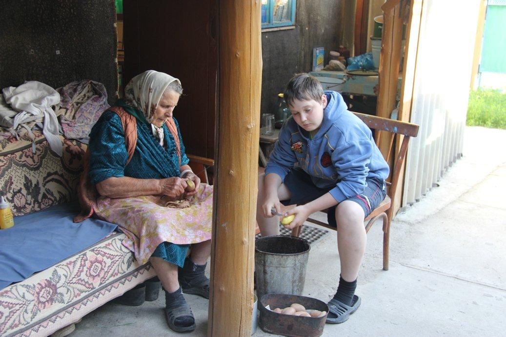 370 летию, картинки в деревне у бабушки