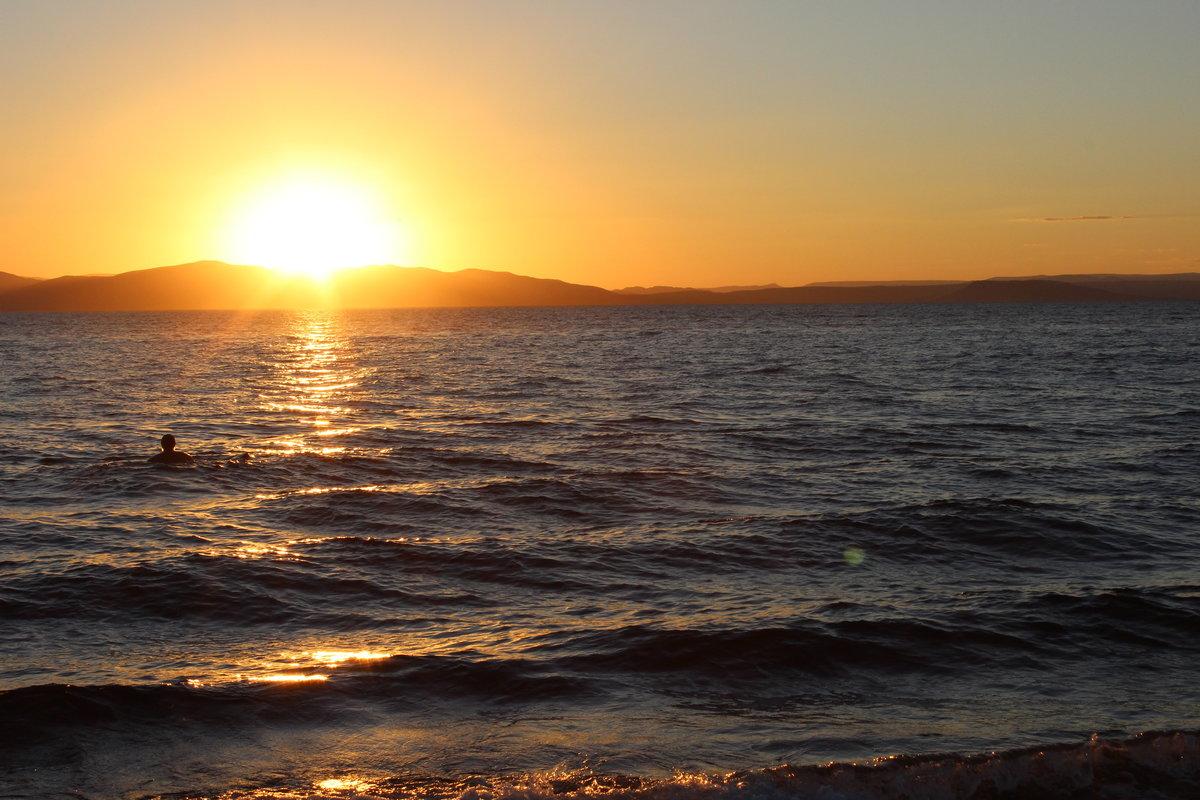 амурский залив летом фото также