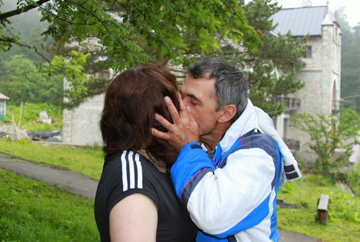 lyubitelskoe-foto-osetinok-prostitutki-vizovu-v-kostrome