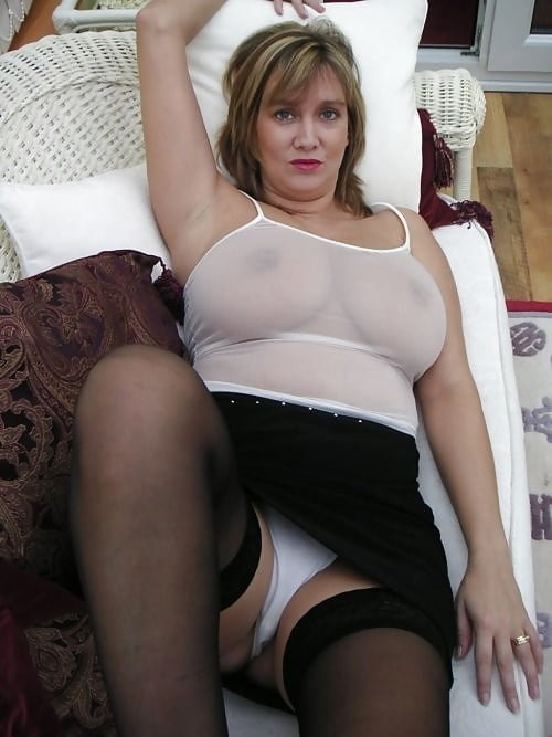 Teen pussy on webcam
