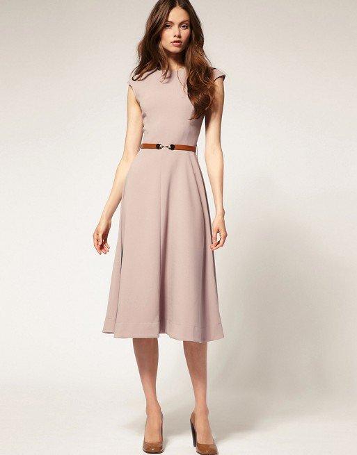 29e0a75c2f2 Носить длинное деловое платье в Наиболее подходящая длина для делового  платья любого фасона – миди. Носить длинное деловое платье в