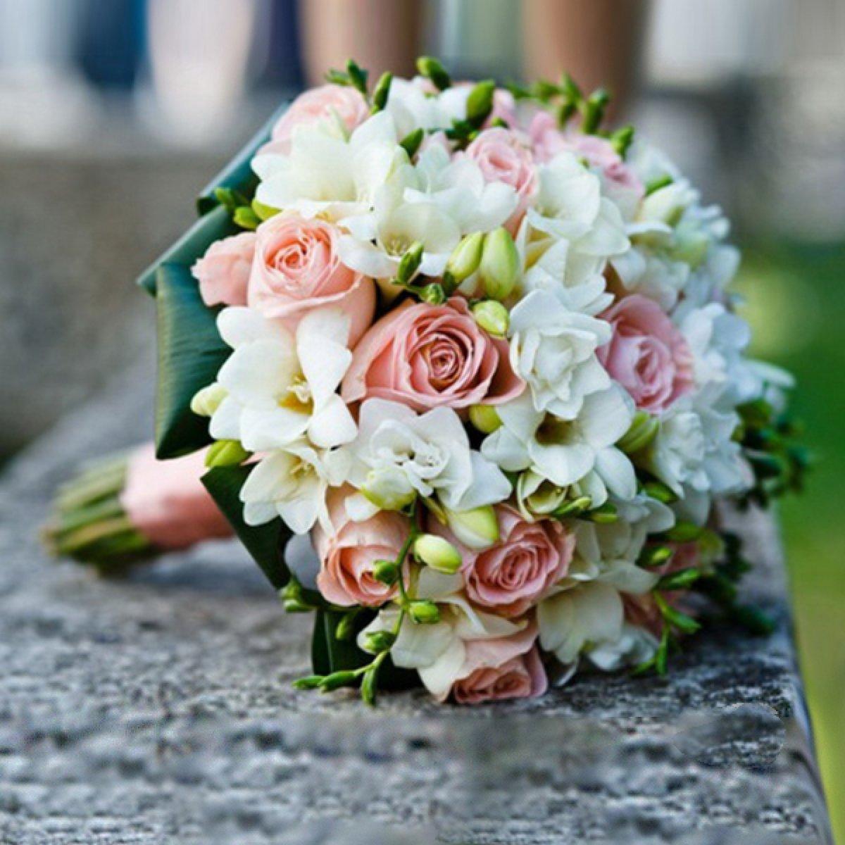 Свадебный букет карликовых роз, можно купить недорогие