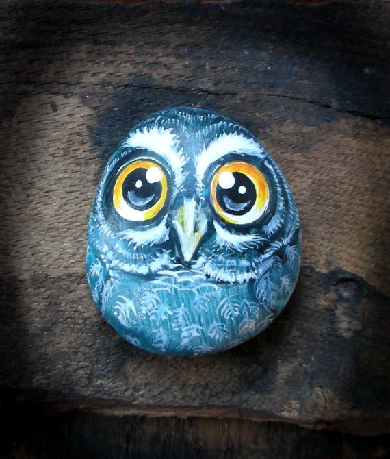 Картинка совы на камней