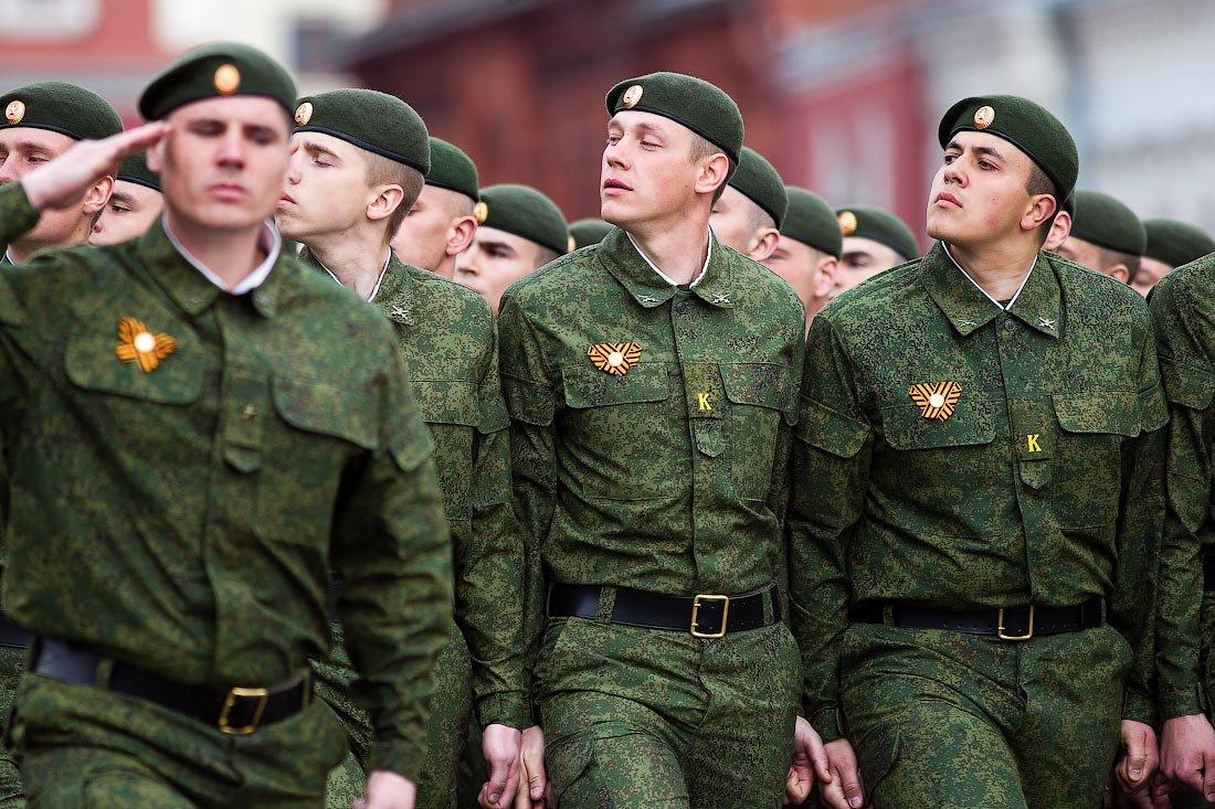 modern russian military uniforms - 1100×733