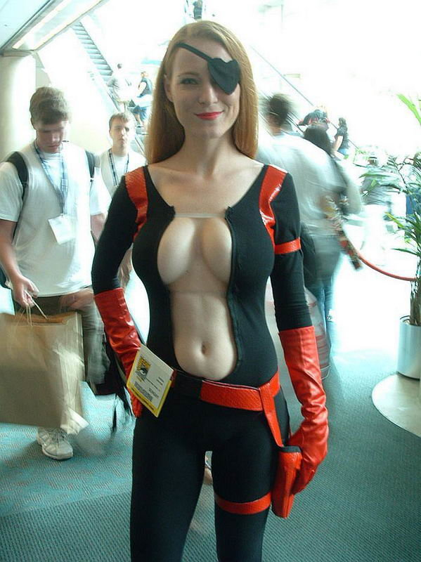 Super Hot Cosplayer Marylin Will Put An End To The Sith Once Thefappening Wiki 1