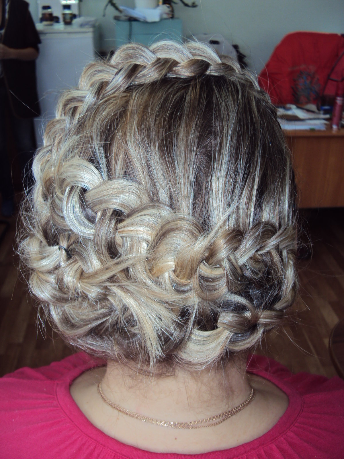 обои плетение волос разными способами фото московскую среднюю школу