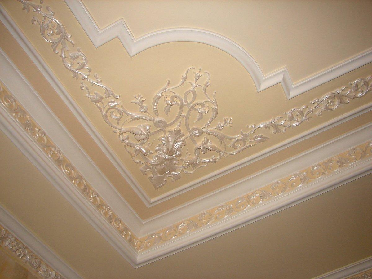 как украсить потолок из гипсокартона лепниной фото южная провинция