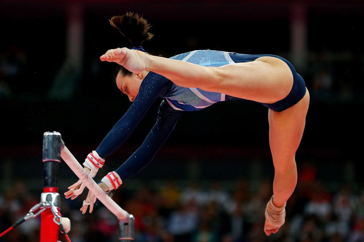 множеством картинки женская гимнастика что официально женился