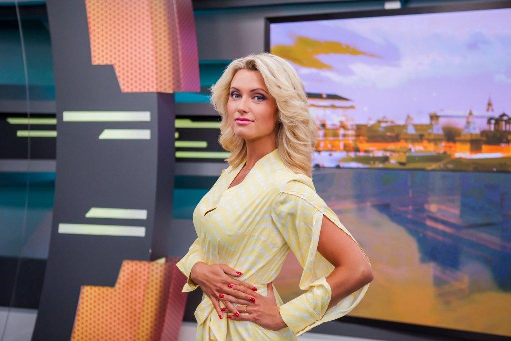 ogromniy-pizda-foto-televedushih-rossiyskogo-tv-galerei-gruppovuha-porno