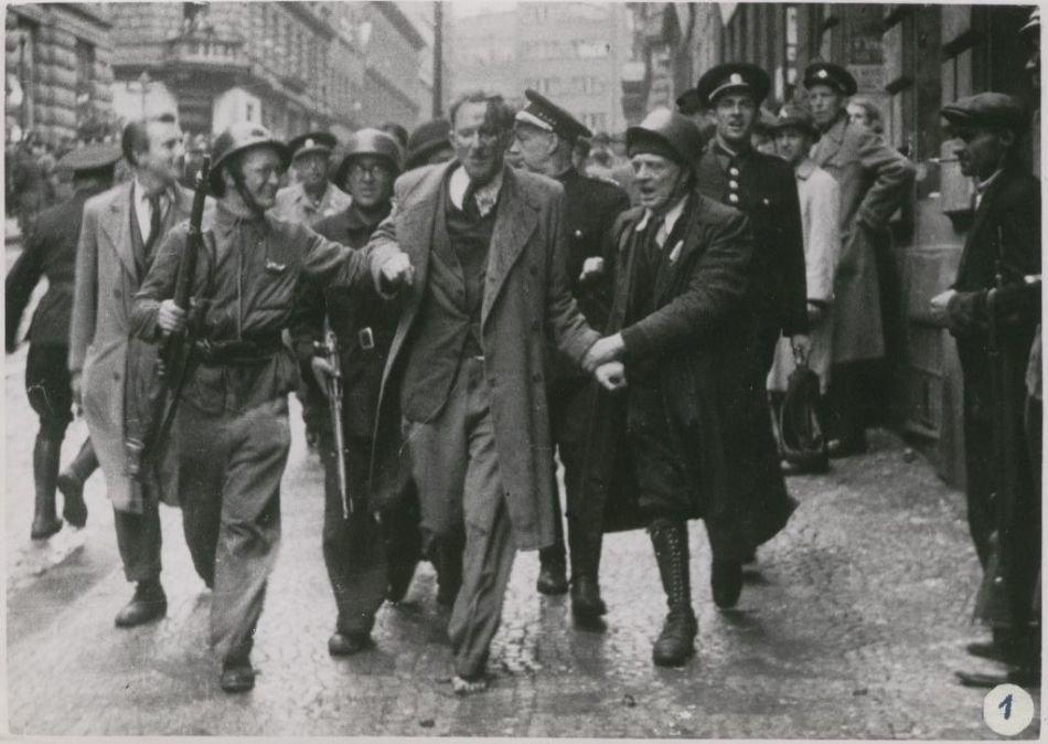 5 мая 1945 года в Праге началось вооруженное восстание против гитлеровских оккупантов
