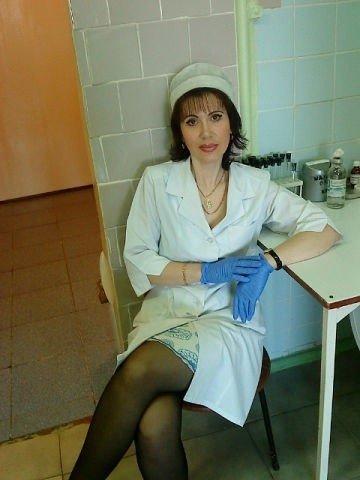 видео тетки у врача она