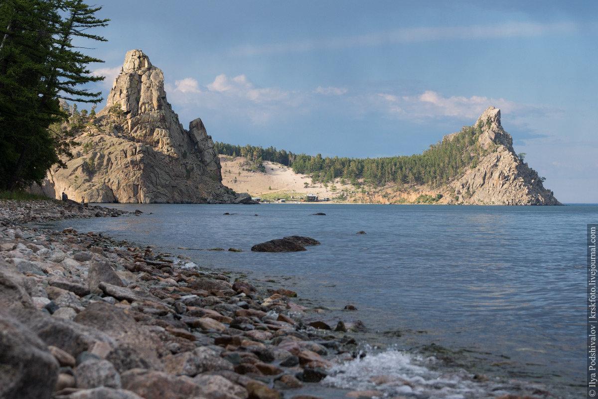 фотографии берегов и мысов байкала трех