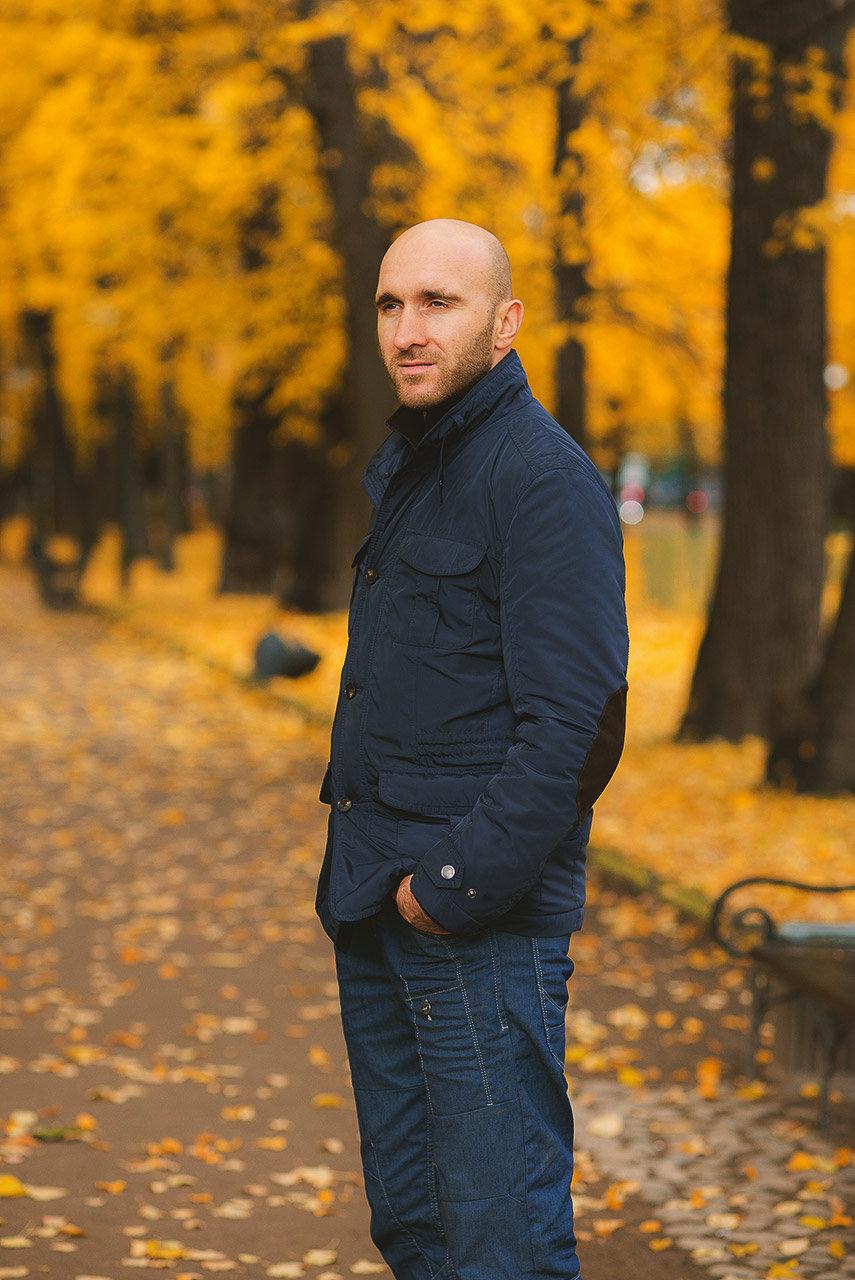 Осенние позы для фото мужчин