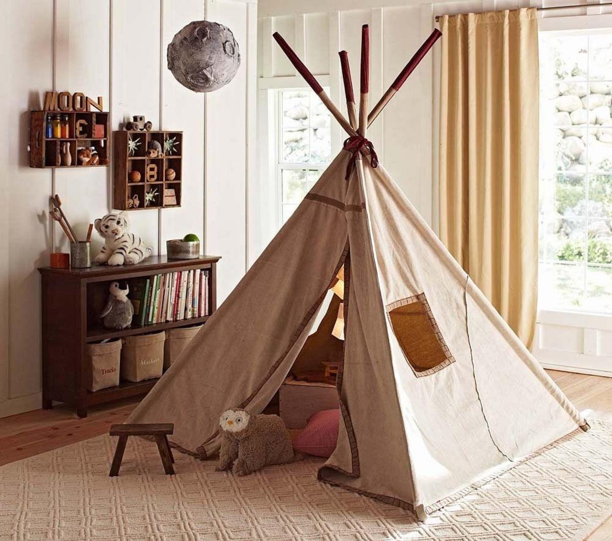 Каждый ребёнок в детстве мастерил себе домик или шалаш (палатку) в своей комнате, но сейчас модно делать.