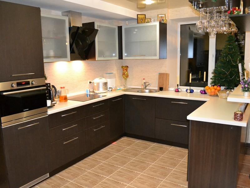кухни коричневые дизайн фото