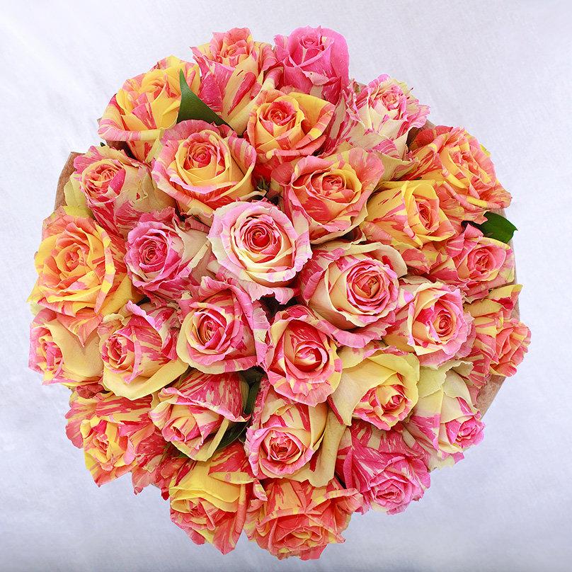 Букет из двухцветных роз, доставка