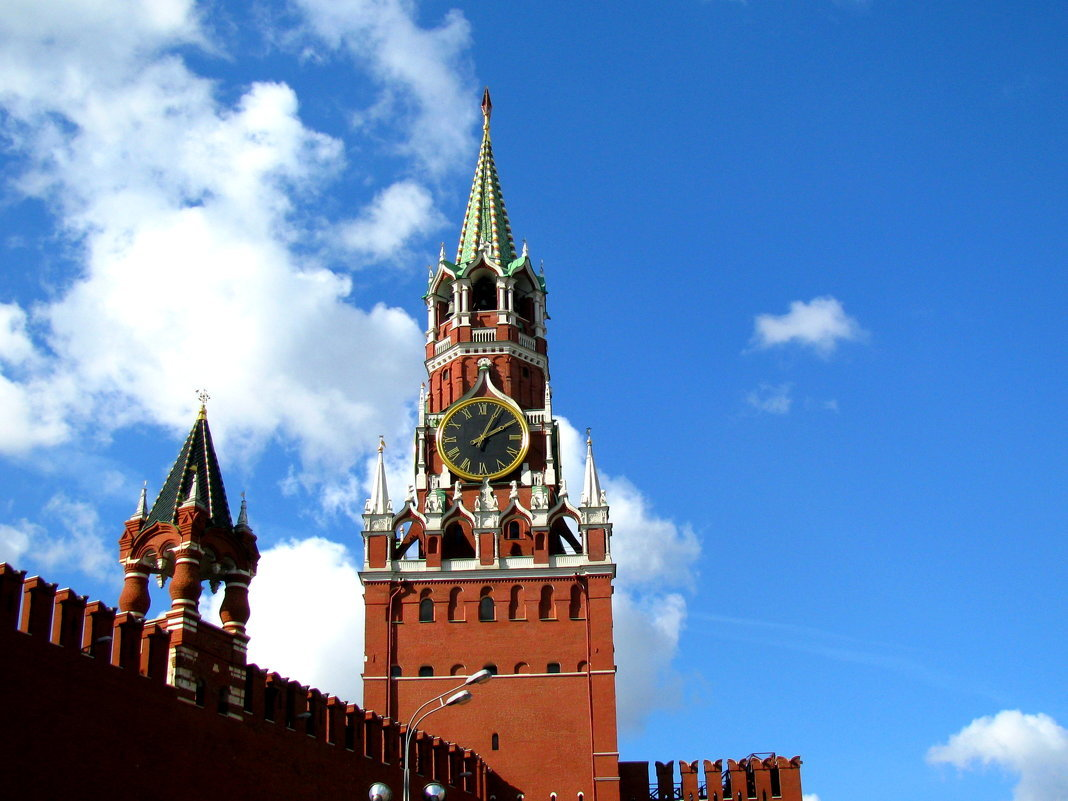 Московский кремль спасская башня фото