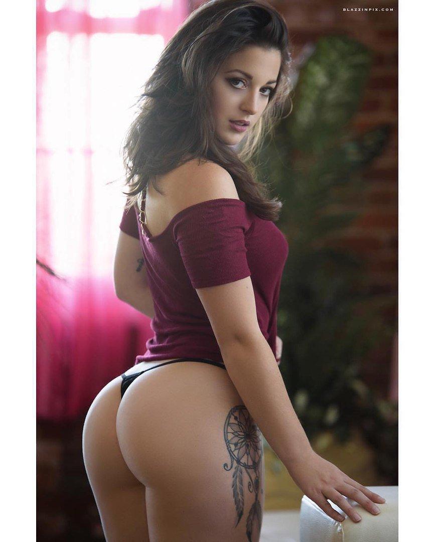 sexy-ass-babe-grinding-girl-porn-nude