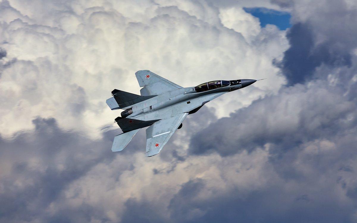 сустав это фото истребителей россии в небе ленте