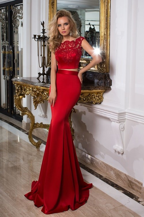 Самые красивые выпускные платья 2018-2019. Фото платьев на выпускной.  Модные выпускные платья ebee089c7bd19