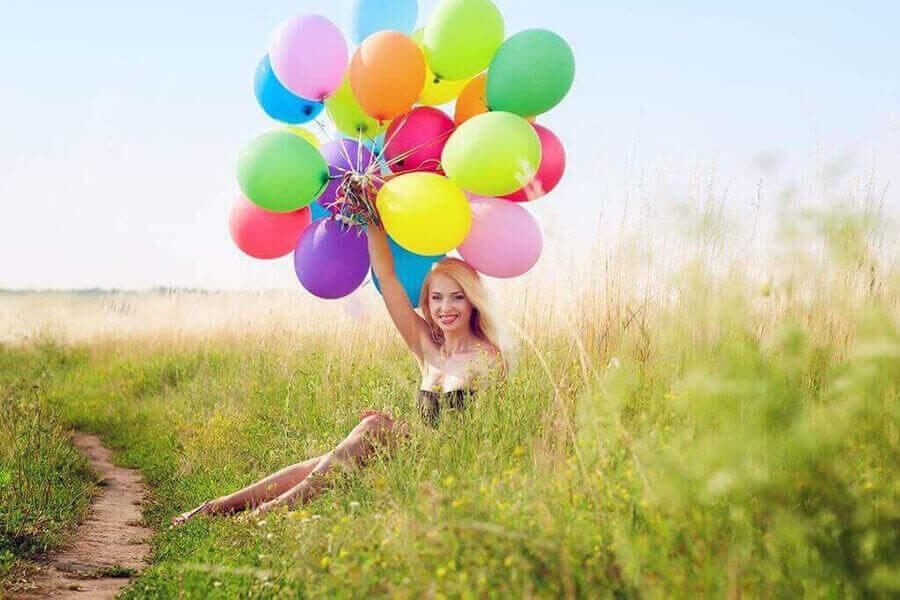 фотосессия с шарами воздушными на природе