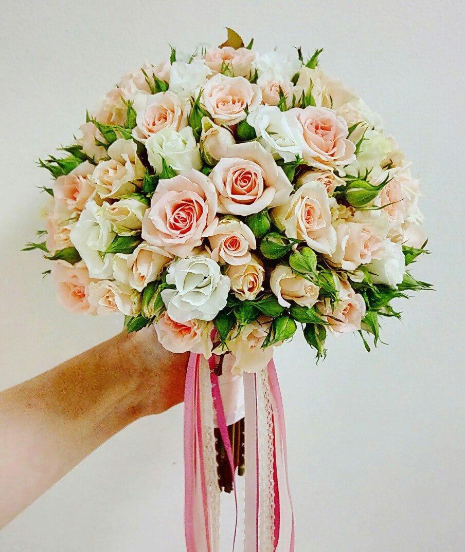 Свадебный букет из чайных роз мелких, букет ромашек купить