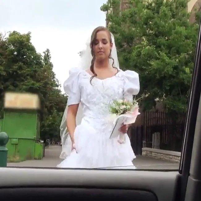 русское видео невесту в машине