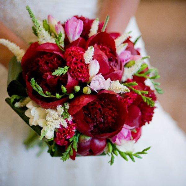 Ола, свадебный букет зелено-красный