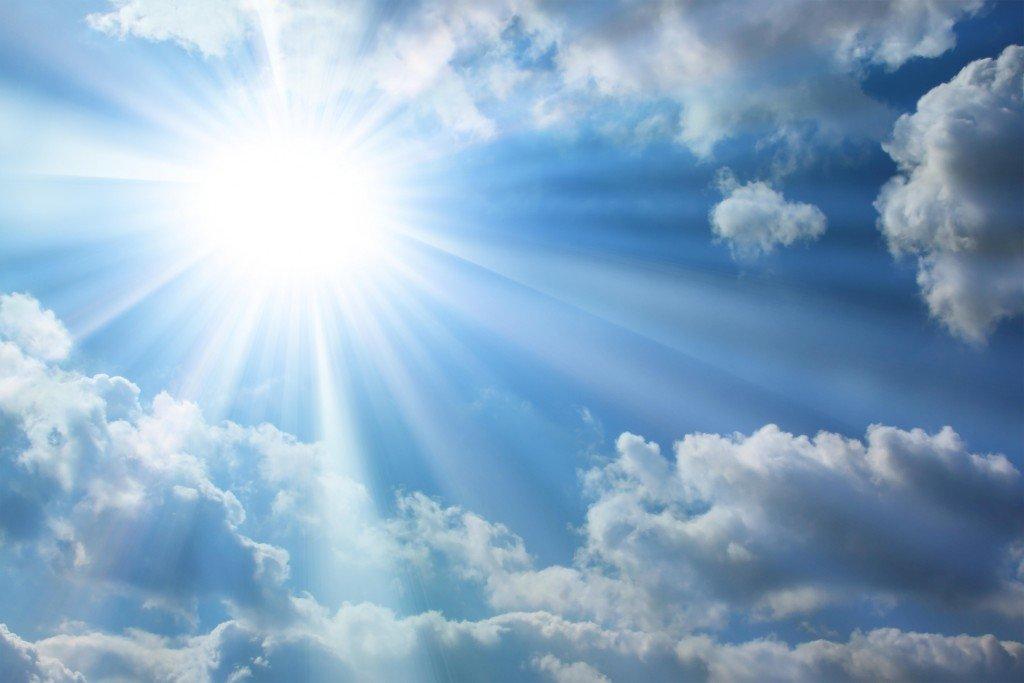 Облака в солнечном свете