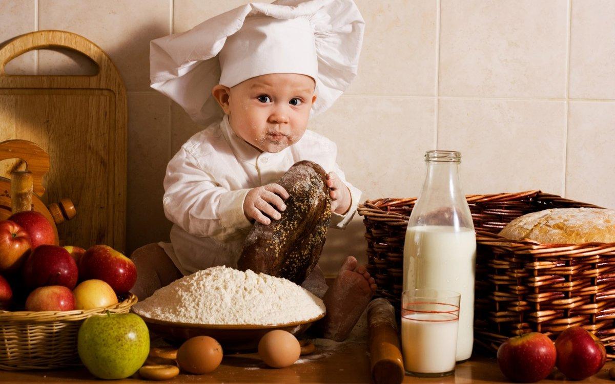 Прикольные картинки ребенок и еда