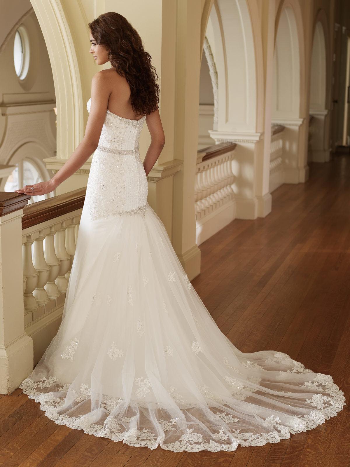картинки свадебных платья со шлейфом рецепты новых салатов