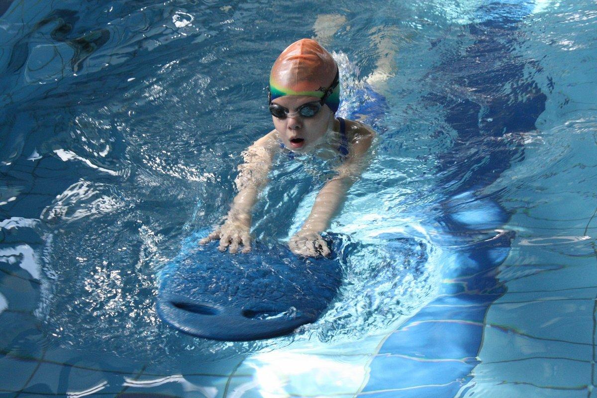 Поздравления днем, картинки про бассейн красивые