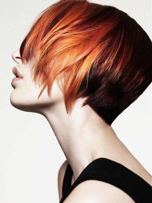 Такой эффект только придаст объёма недлинным прядям, а вот под весом длинных волос причёска просто не будет держаться.