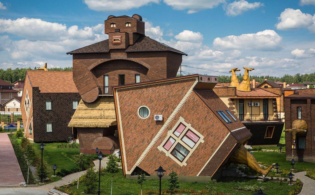 сне необычные дома в подмосковье фото монолитность корпуса заметно