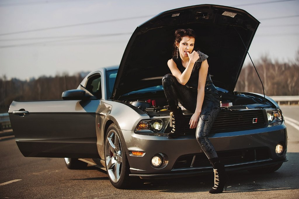 женщина как красиво фотографировать машины узкой
