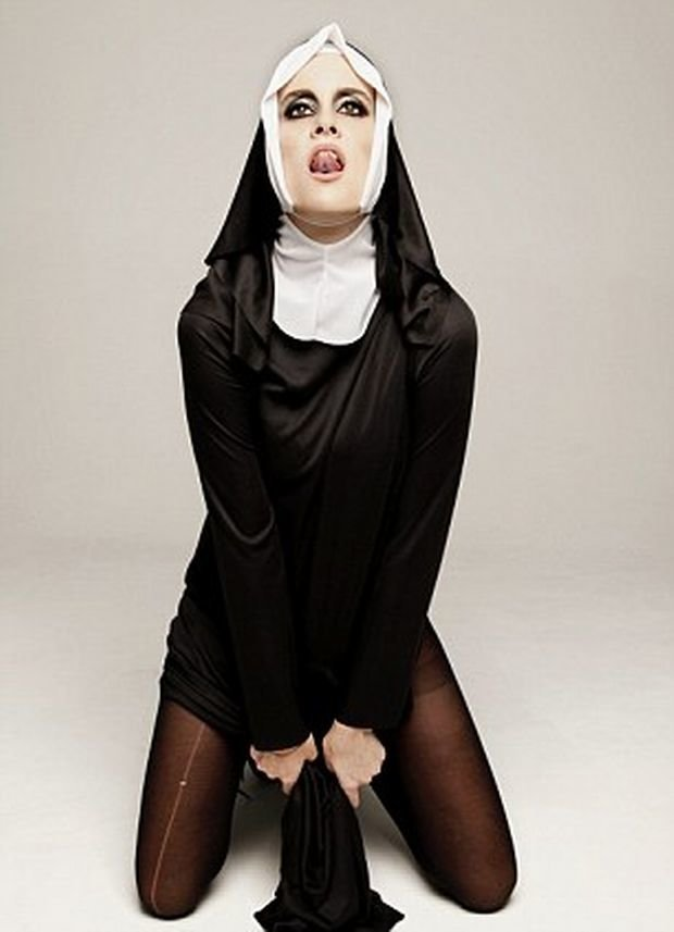 Teen nun training, naked girl and man with tattoos